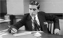 Charles Ponzi 1920 Developed A Pyramid Scheme Of Financing