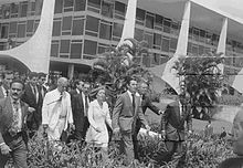 Impeachment: Fernando Collor leaves Planalto Palace on October 2, 1992.