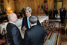 U.S. Secretary of State John Kerry speaks with British Foreign Secretary William Hague and Ukrainian Foreign Minister Andrii Deshchytsia after hosting the Budapest Memorandum Ministerial on the Ukraine crisis in Paris, France, on March 5, 2014.